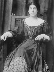 1909-May Morris