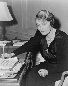 Marjorie Merriweather Post, American Socialite, 1942. Library of Congress. New York World-Telegram & Sun Collection. No copyright restriction known. Source: Wikipedia.
