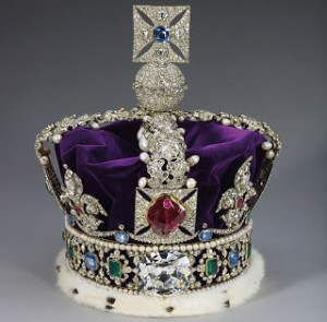 Imperial State Crown. Photo Credit: Mimi's Corner.