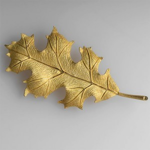 Capture the Essence! of Spring with this Tiffany & Co. Oak Leaf Brooch in 18k Gold. Photo ©2014 EraGem Jewelry.