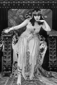 Theda Bara as Cleopatra in 1917. Photo in public domain.