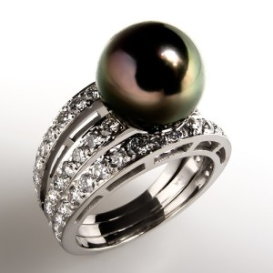 Black pearls comprise one of the world's most celebrated jewels, Nina Dyer's Black Pearl Necklace. Celebrate the allure and mystery of Black Pearls with this Tahitian Black Pearl and Diamond Cocktail Ring. Photo ©2015 EraGem Jewelry.