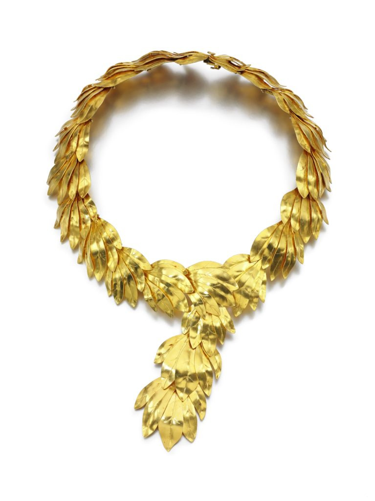 Zolotas articulated gold bay leaves necklace