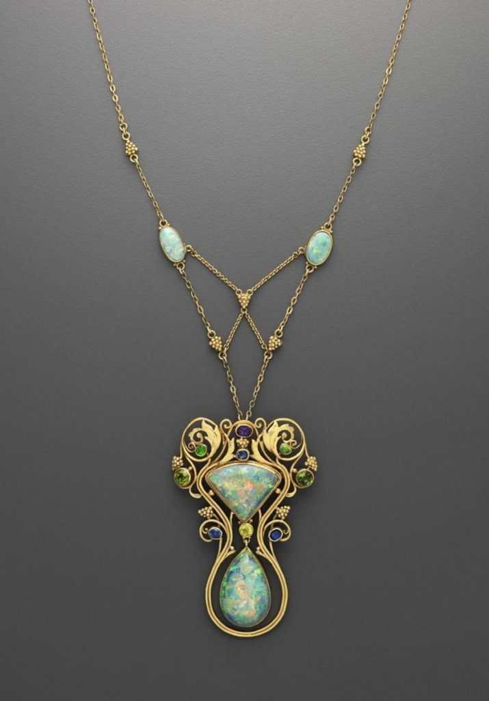 Boston Made - Arts & Crafts necklace by Frank Gardner Hale