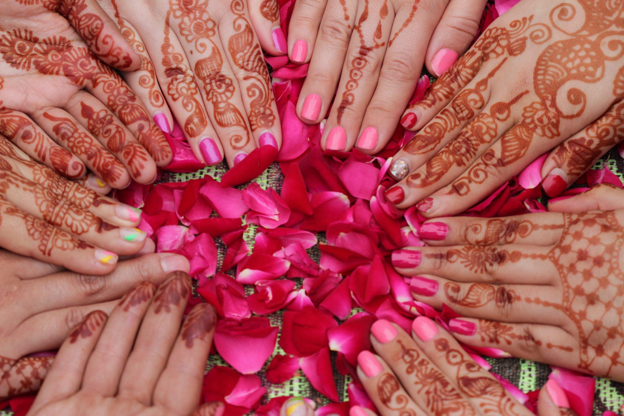 Henna Night for Turkish Brides | EraGem's World Wedding Customs - EraGem  Post